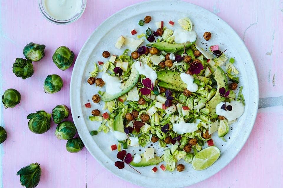 Cæsarsalat med rosenkål