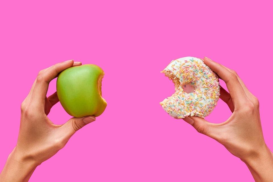 Eple og en donut