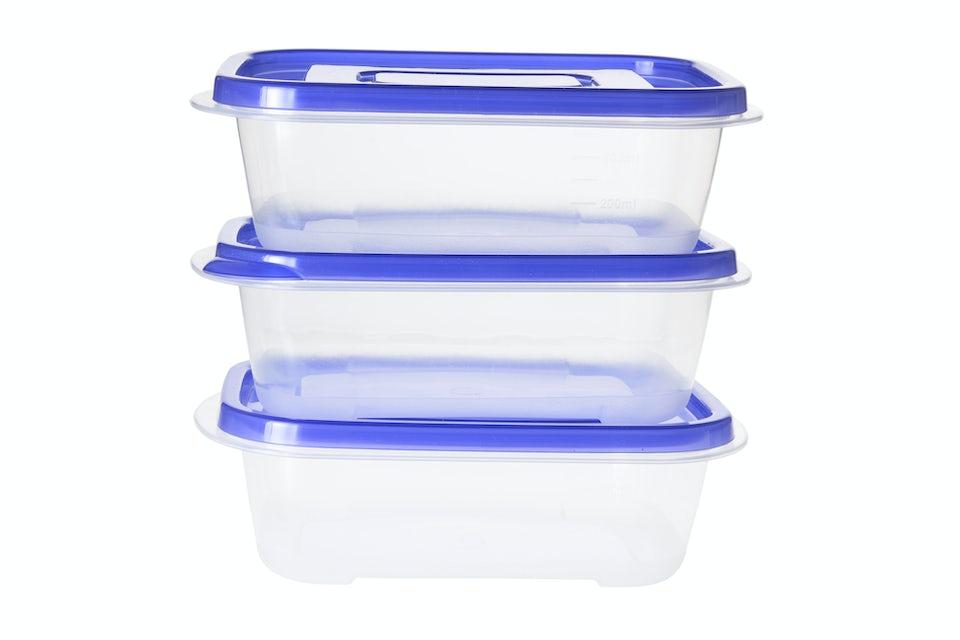 Plastikbeholdere