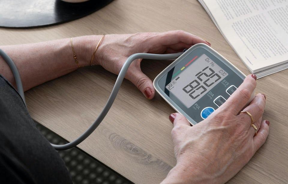 Blodtrycksmätare – erbjudande på blodtrycksmätare för hemmabruk