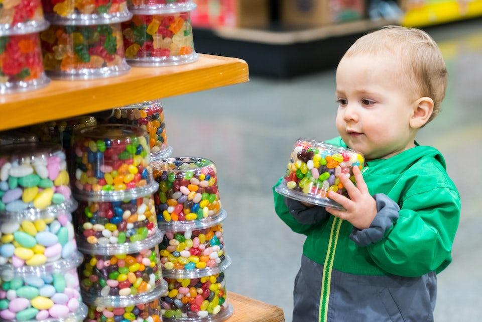 Barn med godis, tillsatsämnen