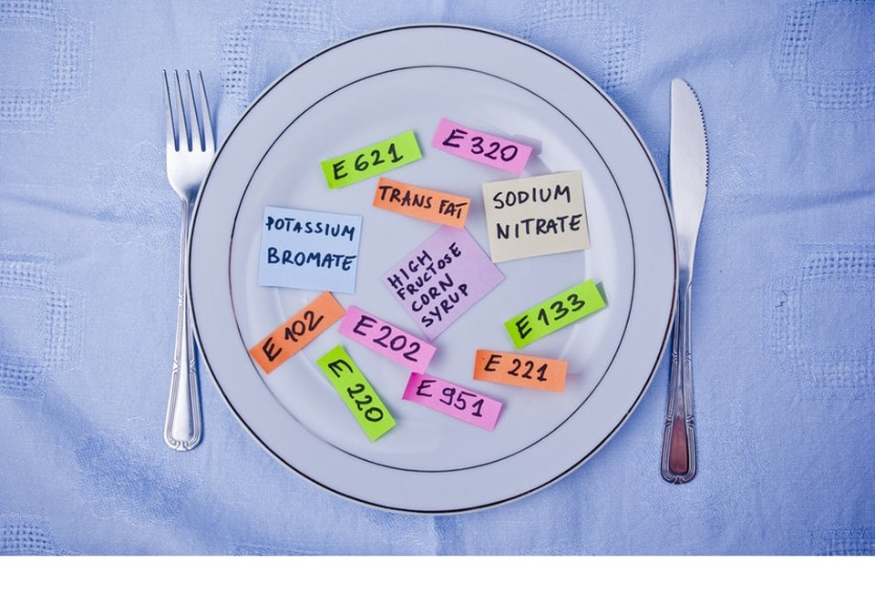 E-koodeja lautasella