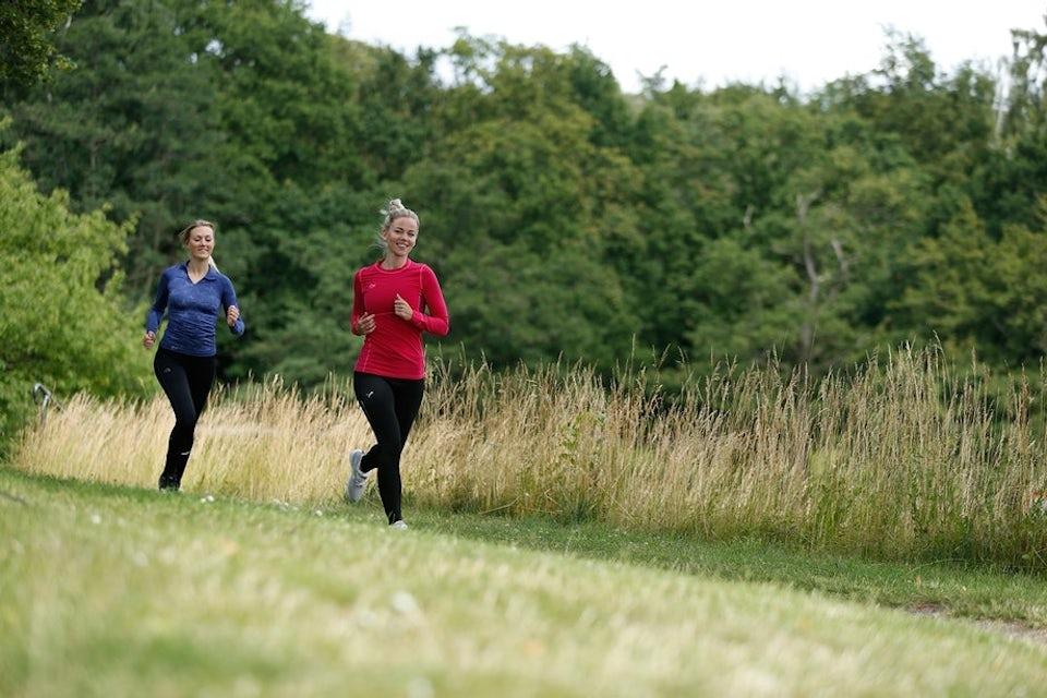Kvinner i treningstøy