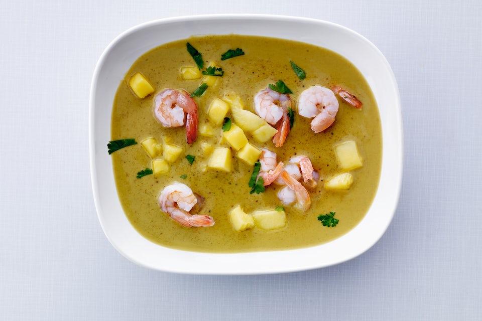 Currysoppa i skål.