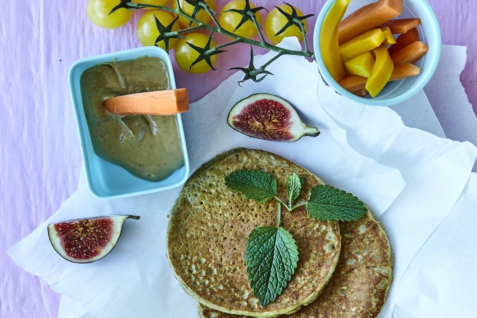 protein-pandekager med grønt tilbehør
