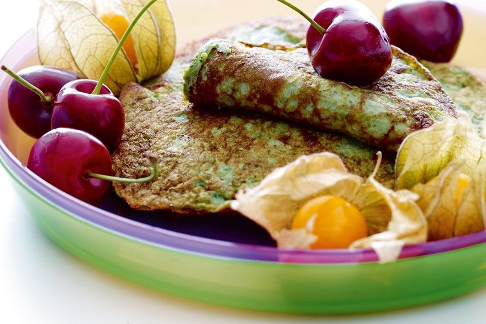 gröna pannkakor med körsbär