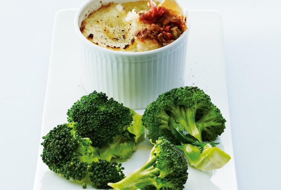 Platta med broccoli och potatismos