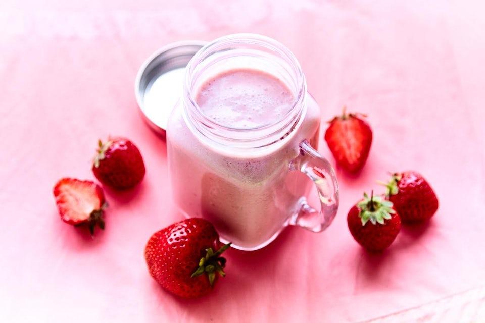 Keittokuuri - kylmä mansikkakeitto