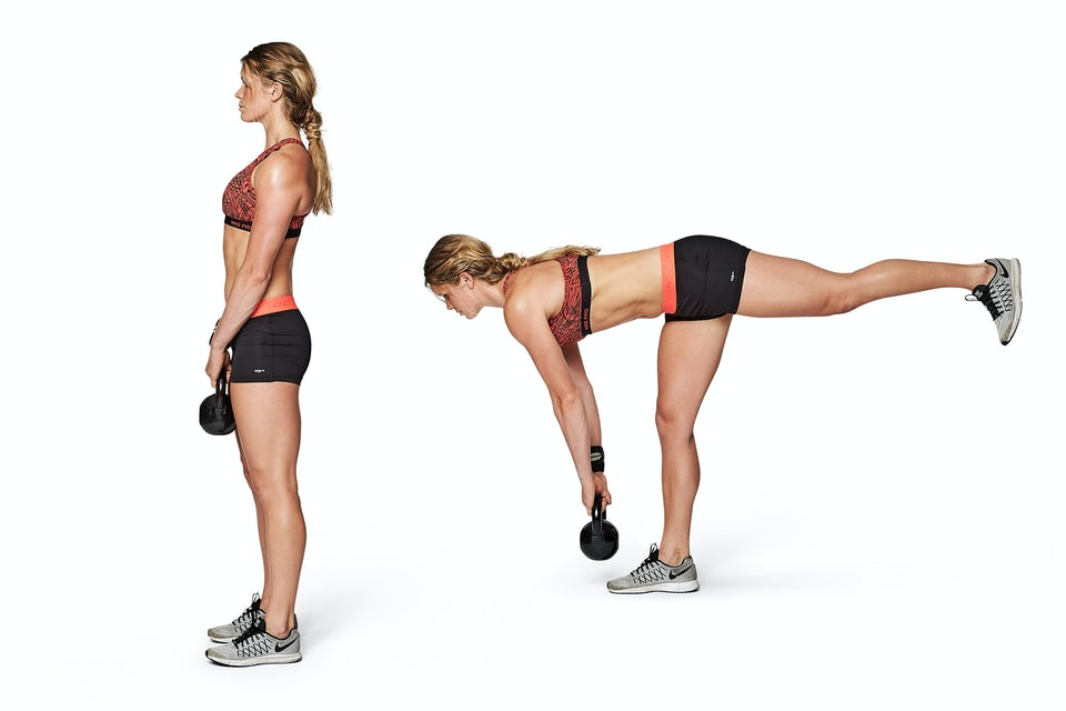 Kvinna gör marklyft på ett ben.