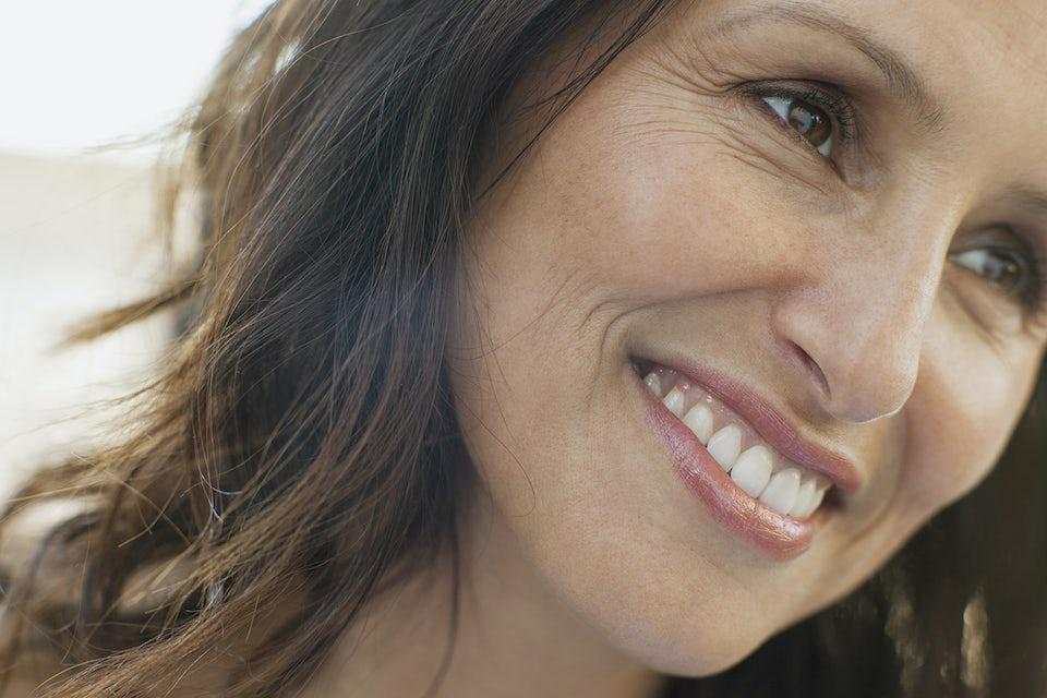 Kvinde med smilerynker