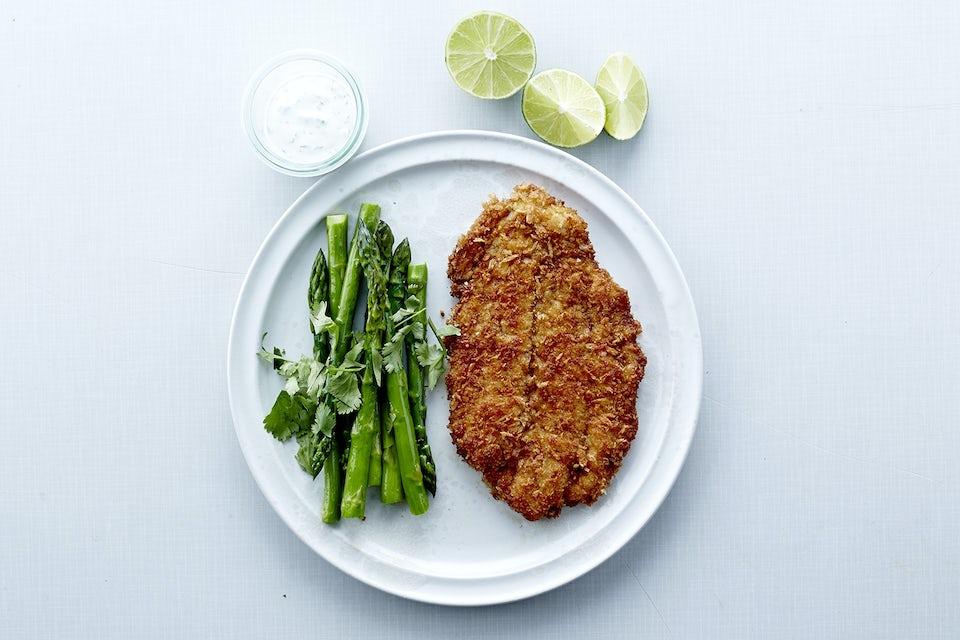 Tallerken med fisk og grønnsaker