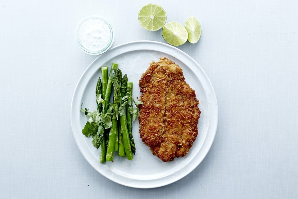 Tallerken med fisk og grønt