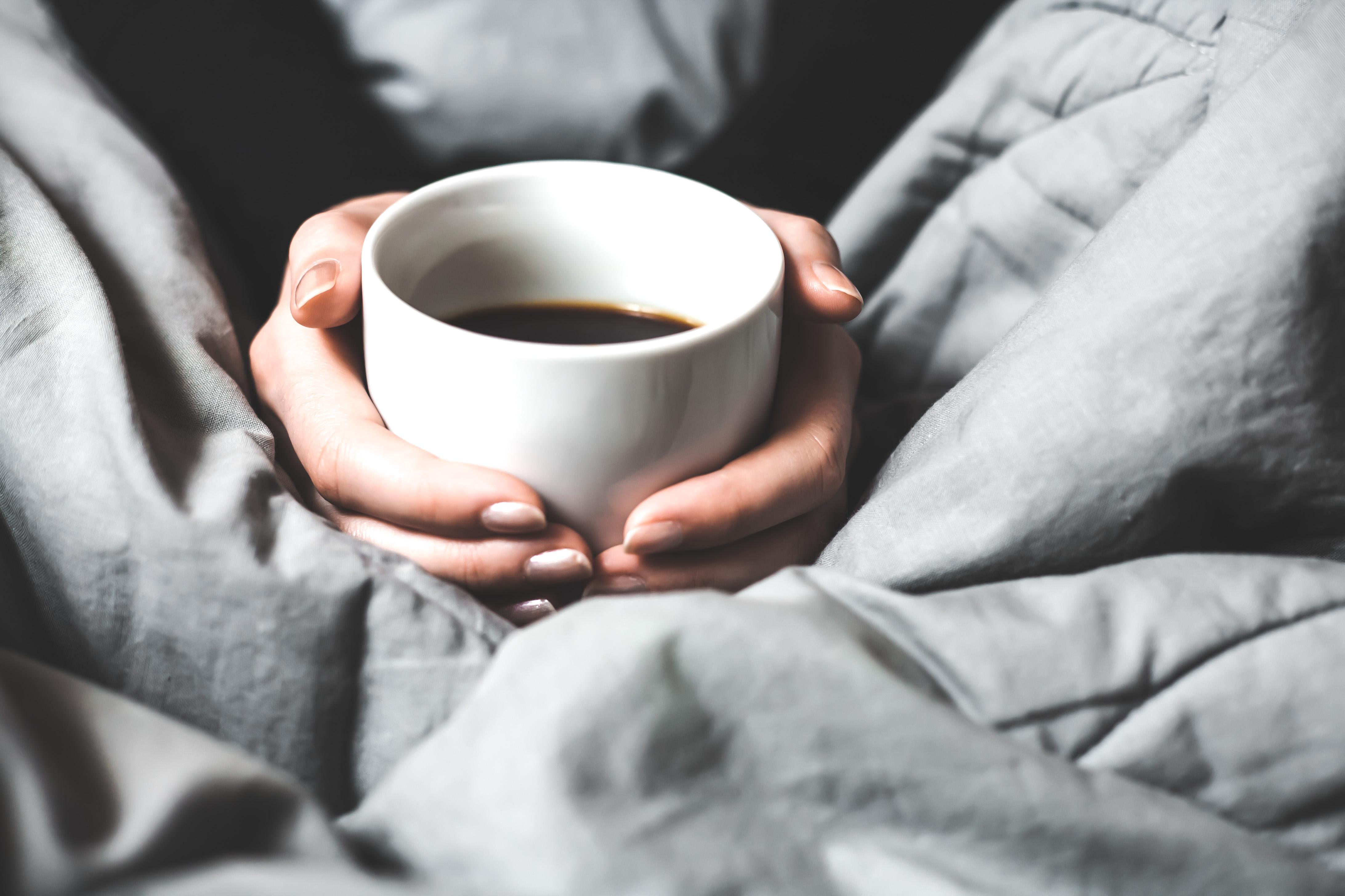 dricka kaffe innan träning