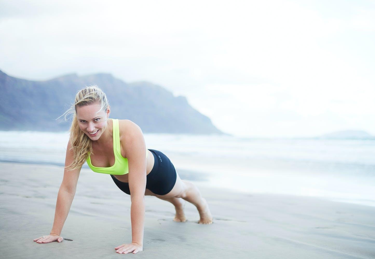 Træn dig i bikiniform på 8 uger | Iform.dk