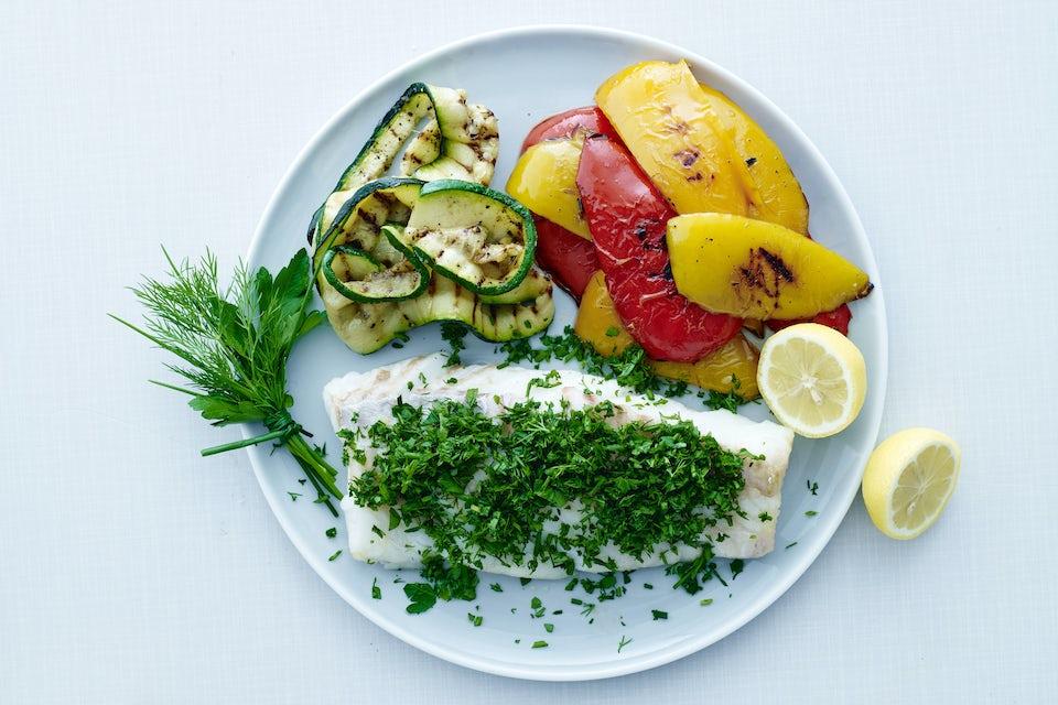 Bakad torsk med grillad squash och paprika