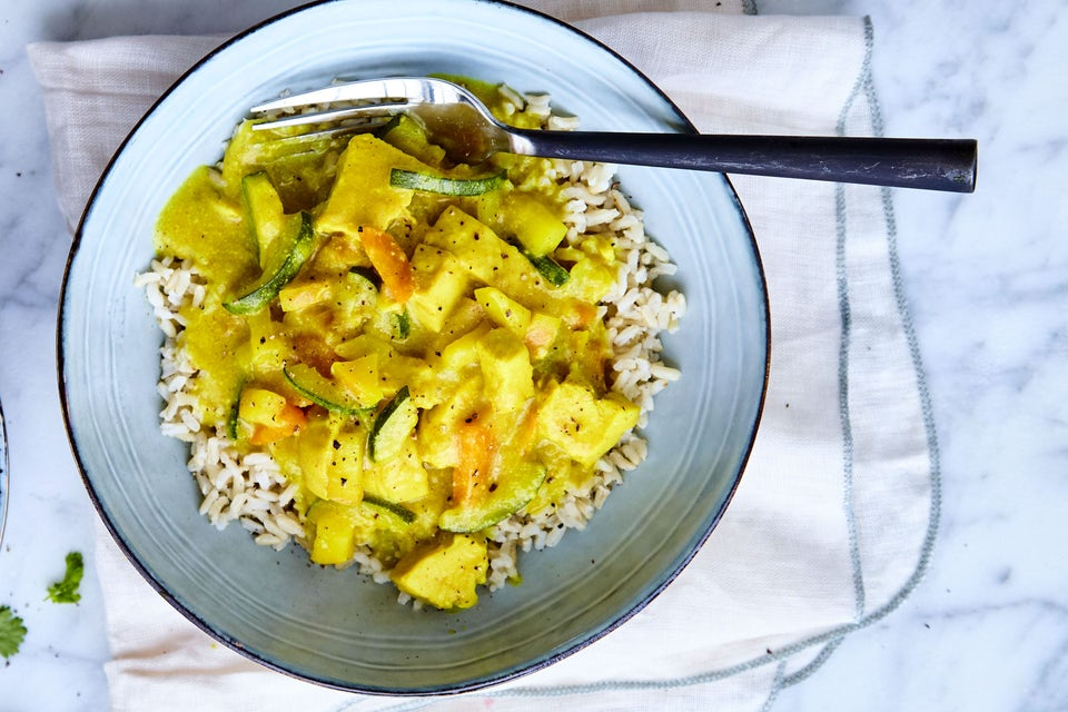 Tallrik med kyckling i curry