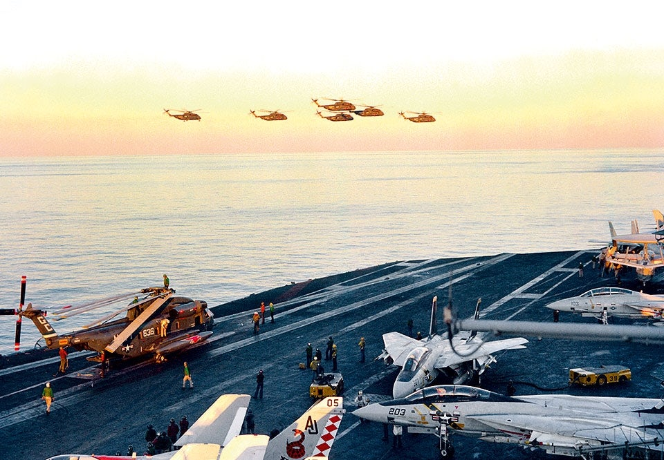 operation eagle claw sea stallion helikoptrar uss nimitz